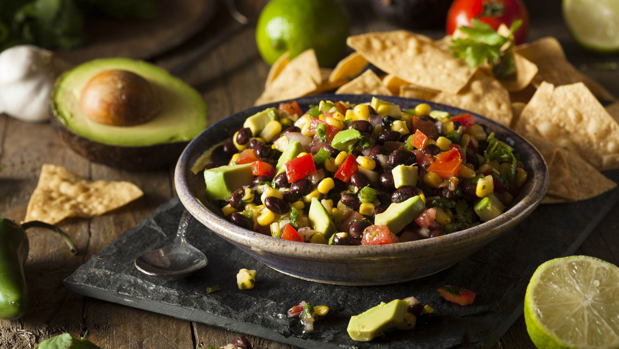 Healthy Mexican dip and chips